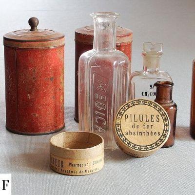 vintage krbička na léky