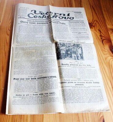 noviny únor 1932