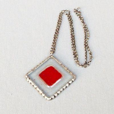 cínovaný náhrdelník s fusingovým sklem