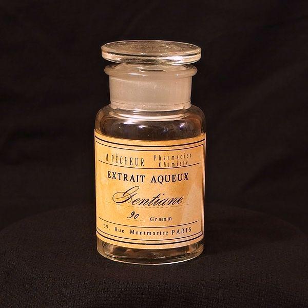 zábrusovka ve stylu starých lékáren