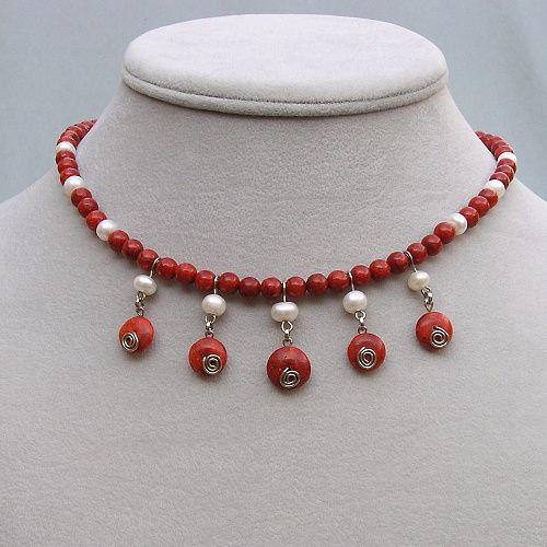 náhrdelník sladkovodní perly a korál