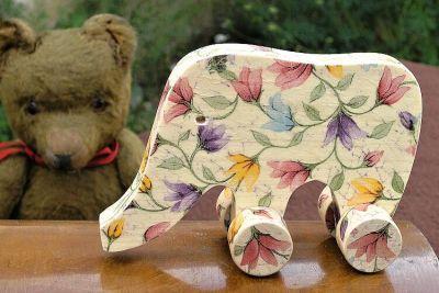 Dekorace dřevěný slon