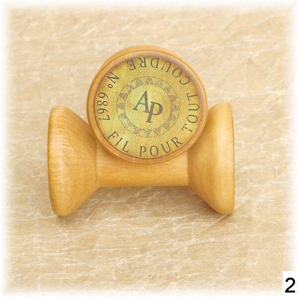 dřevěné špulky vintage styl