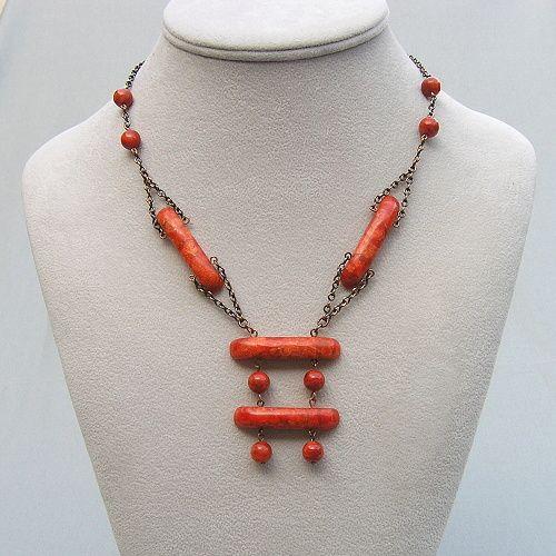 náhrdelník z korálu mořského
