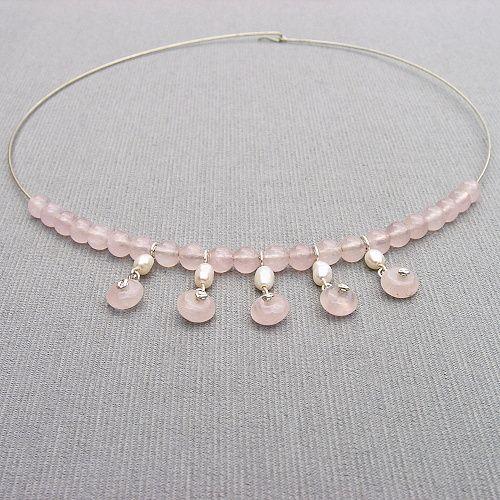 náhrdelník perly a růženín