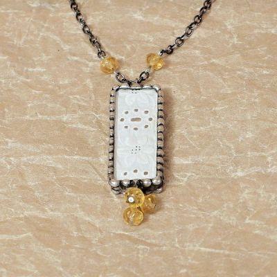 originální cínovaný náhrdelník